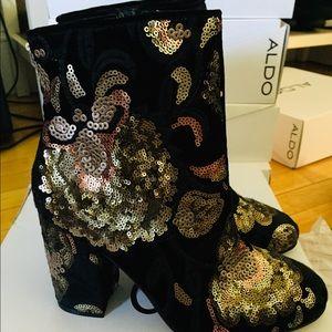 NEW Aldo sequin black booties - Fiery